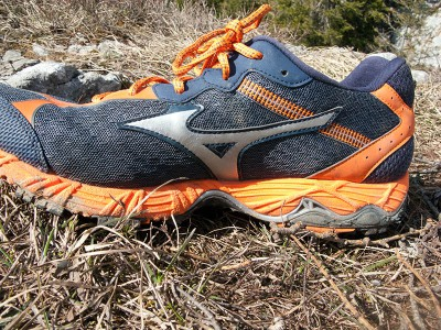 Mizuno Wave Ascend 8 14